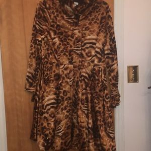 Glam leopard coat